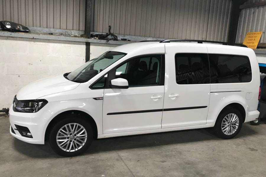 VOLKSWAGEN CADDY MAXI MPV TDI DSG Vehicle Hire Deals from Bucks Car Hire